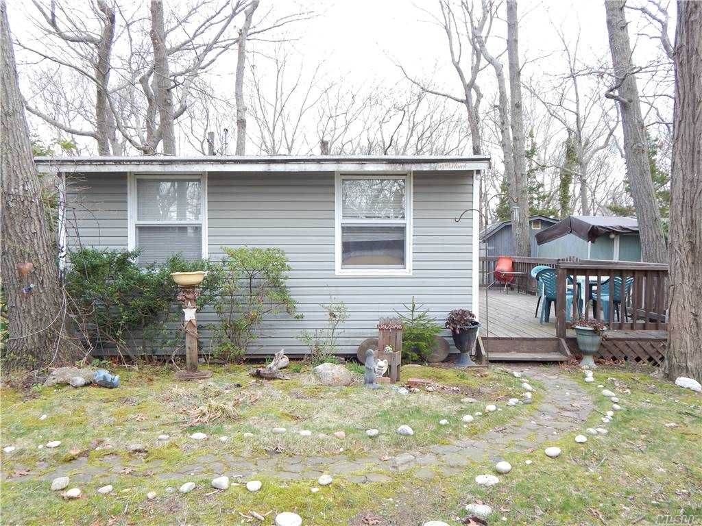 Single Family in Wading River - 22nd Street  Suffolk, NY 11792