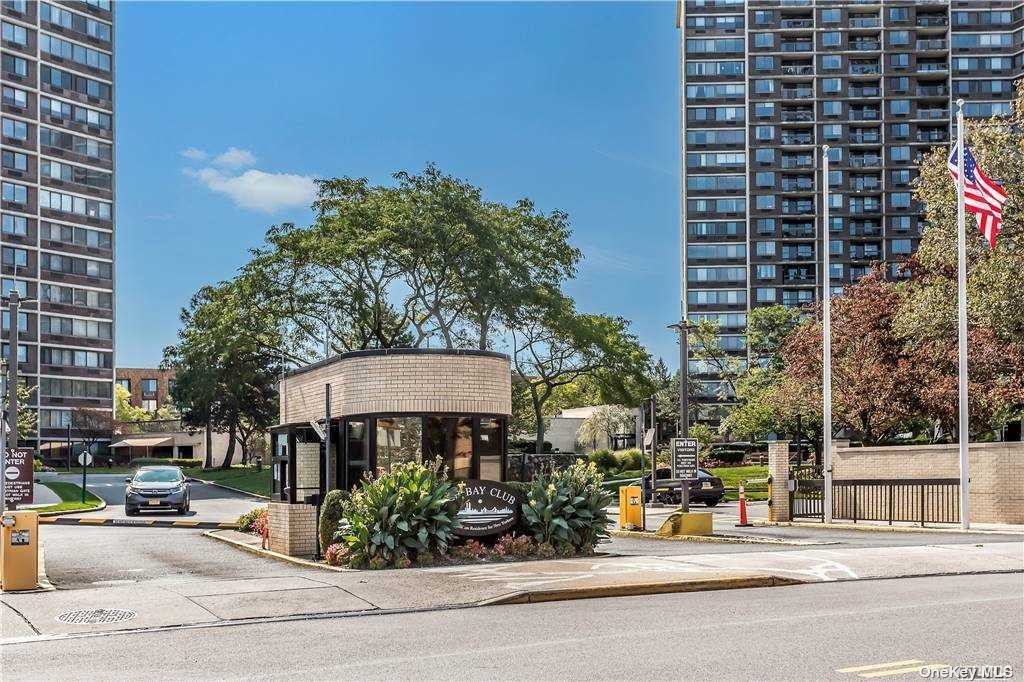 Property for sale at 2 Bay Club Drive Unit: 12W, Bayside,  New York 11360