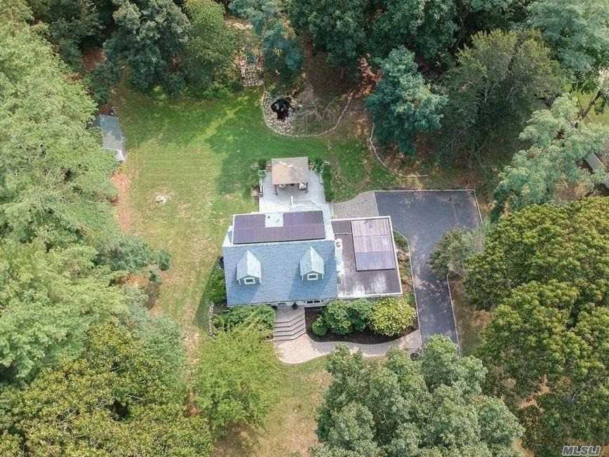 55 Emmetts Lane, Wading River NY 11792