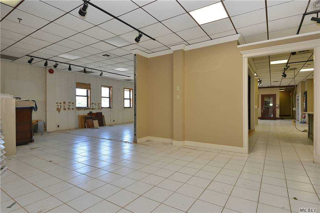 Commercial Lease Astoria Boulevard  Queens, NY 11103, MLS-3253362-7