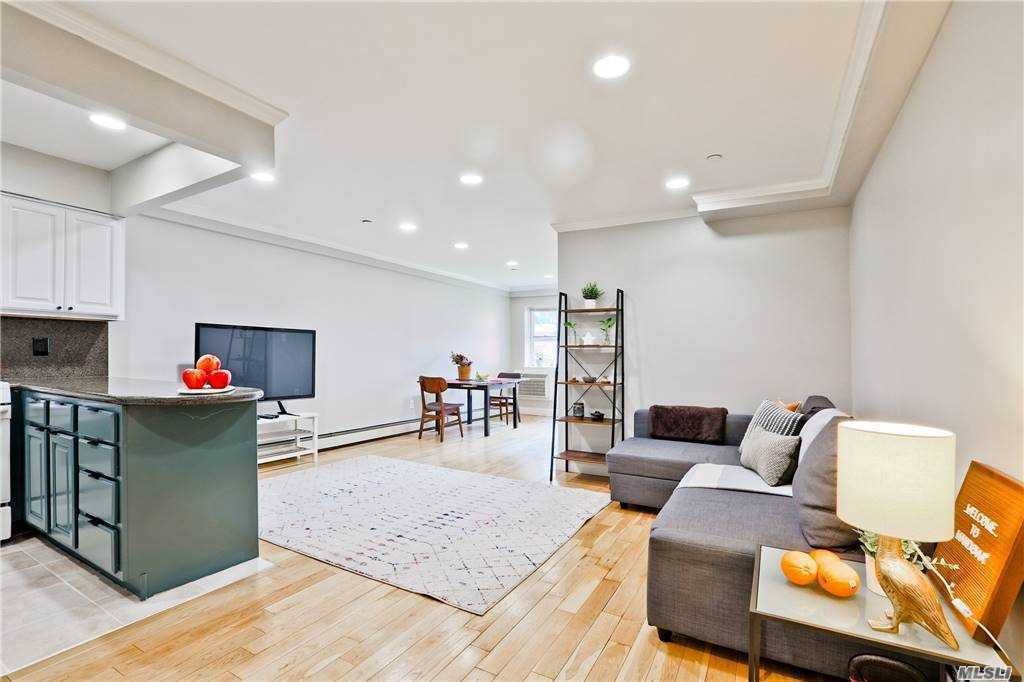 Property for sale at 83-71 116th Street Unit: 2B, Kew Gardens,  New York 11415