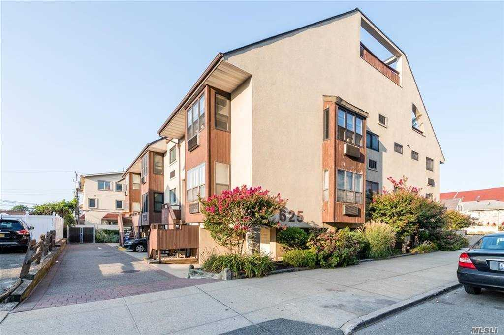 Property for sale at 625 Shore Road Unit: 2C, Long Beach,  New York 11561