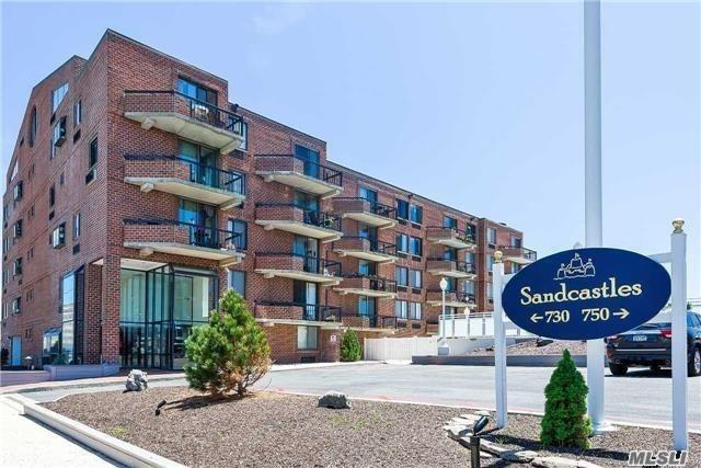 Property for sale at 730 W Broadway Unit: 5C, Long Beach,  New York 11561