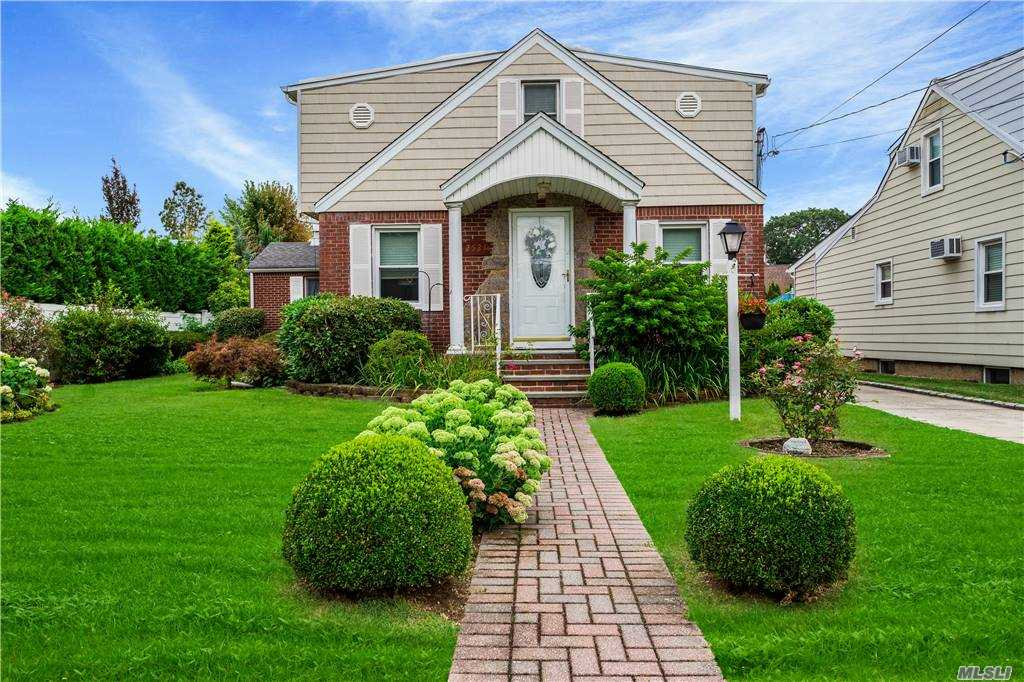 This Beautiful Colonial Features Large Living Room, Formal Dining Room , Large Den w/ Cathedral ceilings. Beautiful Updated Kitchen w/granite Counter tops, 3/4 Bedrooms (or office), 2 Full Baths, Full Finished Basement, 1 car garage, rear deck and Beautifully landscaped yard w/sprinkler system Completes this One of a Kind home!!