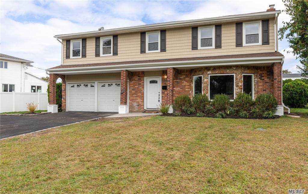 Meticulously renovated colonial. Attention to detail throughout. White shaker panel kitchen boasts Stainless Steel appliances, Quartz counter tops and complimenting subway back splash. Beautiful Porcelain tile baths with Carrara Marble Vanities. Hard wood floors throughout.Bonus room that can be used for home office or 5th bedroom.Huge master bedroom with en suite and walk in closet. Landscaped grounds with in ground gunite pool, in ground sprinklers are some of the amenities being offered. Wonderful yard for entertaining. A must see!