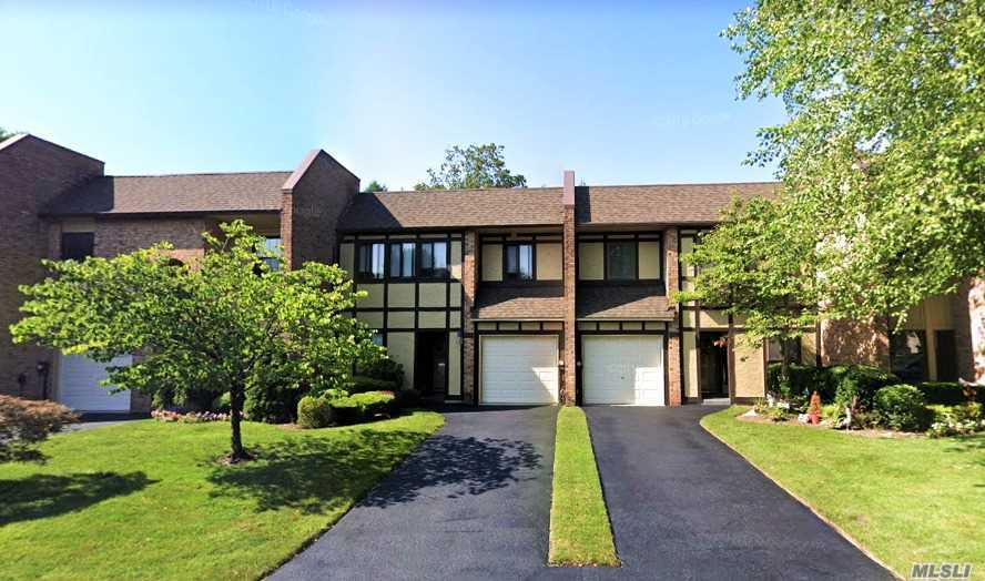 Property for sale at 44 Southgate Circle, Massapequa Park,  New York 11762
