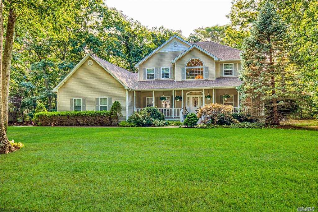 Location, Location Sits This Spectacular 5 Bedroom, 3 Full Bath Post Modern in Desired Island Estates! Grand 2-Story Entry, EIK with Oak Cabinets, Stainless Steel Appliances, Granite Counters, & Ceramic Floors, Den with Woodburning Fireplace, Custom Moldings and Paint, Hardwood Floors, Hi Hats, Full Basement, New CAC, Cobblestone Lined Driveway Leading to an Attached 3 Car Garage, Large Corner Property with 16x30 Deck, In-ground Sprinklers, & Room for a Pool, Famed Mt Sinai Schools! A Must See! Won't Last!