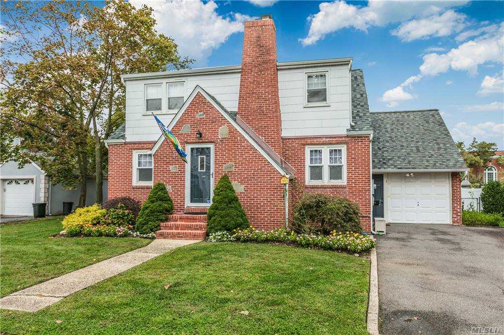 Charming & Immaculate 4 Bedroom & 2 Bath, Dormered Cape, Located On A Quiet Dead End Street, With Large Open Rooms Is A Must See! This Home Has Hardwood Floors Throughout, Wood Burning Fireplace, Updated Kitchen & Bath, IGS, Alarm System, & Full Dry Basement With High Ceilings. Walk To All Schools. Taxes Under $10,000 (With Star). All this & So Much More Set On A 75X135 Fully Fenced Lot In The Parkwood Section Of West Islip. This Beautiful Home Won't Last!! MORE PHOTOS COMING SOON!
