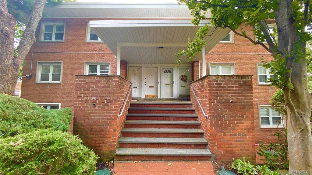 Move-in ready! 3 Bedrooms, 2 Full Bath, Master with En Suite Bathroom Co-op off the main street.  1500 Sq Ft with 2 walk-in closets in the master bedroom, and 3 storage closets, with additional storage space in the garage. High ceilings, recessed lighting. Washer/dryer included. Lives like a large ranch style house with trash collection step away. Private entrance. No lobby, elevator, or hallway. The ideal setting for social distancing. 2 parking spots available with the potential to upgrade to 2 car garage. New hardwood floor in the living and dining room and many modern and upgraded features. Can turn the dining room into a 4th bedroom if need. Quiet tree-shaded neighborhood. Great Neck South school district with blue ribbon elementary school. Small class in-person education with remote learning option provided.  South facing windows and screened-in balcony with ample sunlight.