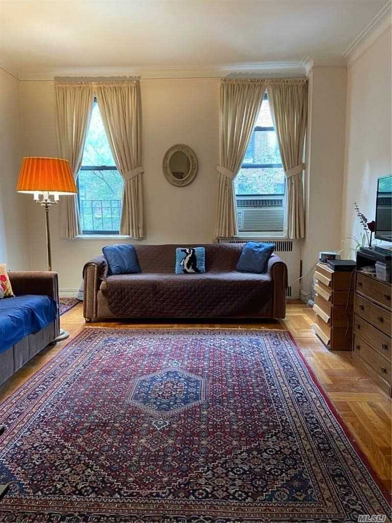 Property for sale at 41-07 42 St Street Unit: 2B, Sunnyside,  New York 11104