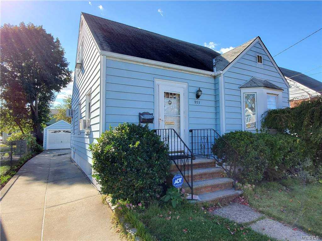 This Lovingly Maintained Home Is Turn-Key Ready For Your Family. Located In The Heart Of New Hyde Park (Between Hillside Ave And Jericho Tpke) The Property Boasts Excellent Curb Appeal, Spacious Parking And Cozy Interior Layout. Walking Distance To Bus Stop On Hillside Ave And Located Near Local & Major Shops, Eateries, Public Amenities And Much More.