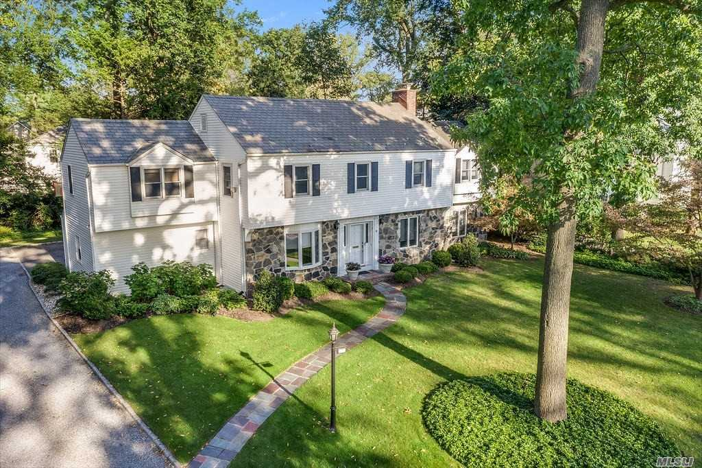 The President lives in the White House, The Mayor lives in Gracie Mansion, & Mrs. Clean lives here in the heart of Lake Success!! Look no further if you are looking for meticulously maintained, tastefully updated, & perfectly situated mid-block location. This true center hall colonial reflects the ideal blend of space & comfort. This lovely home set on beautiful flat property, offers a spacious living room w/FP, a formal dining room flowing into a delightful kitchen w/ custom cabinetry & high-end appliances. The sun filled family room overlooks a private patio & gardens. On the 2nd level, enjoy a 2-room master suite, where a sitting room/office leads into a large bedroom w/ensuite bathroom. 2 other bedrooms & bathroom complete this level, along with 2 zone central ac/heat. Living in Lake Success is a way of life. A private 18-hole golf course, pool, fitness center, restaurant, catering hall, & 6 day a week garbage pick-up. Close proximity to highways (35 min to Manhattan)