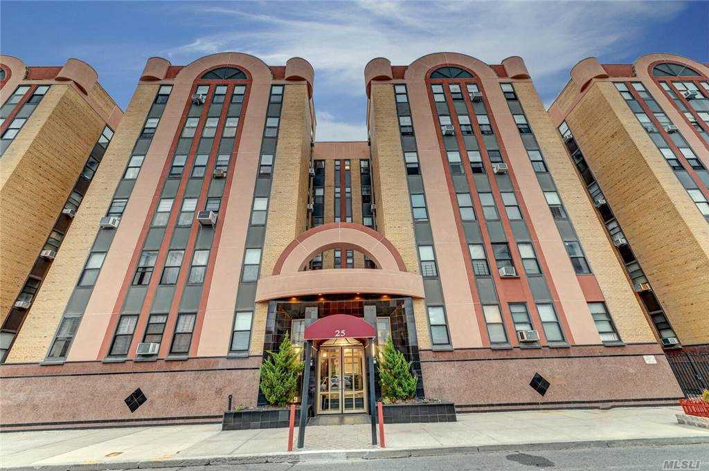 Property for sale at 25 W Broadway Unit: 210, Long Beach,  New York 11561