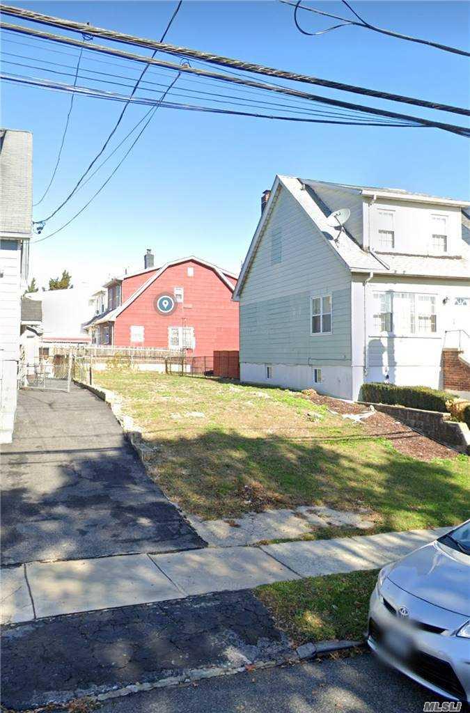 Land in Bronx - Adee Avenue  Bronx, NY 10469