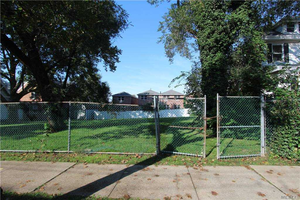 Land in College Point - 119th Street  Queens, NY 11356