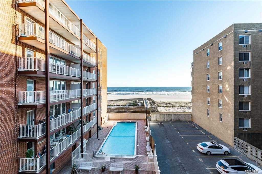 Property for sale at 666 Shore Road Unit: 3L, Long Beach,  New York 11561