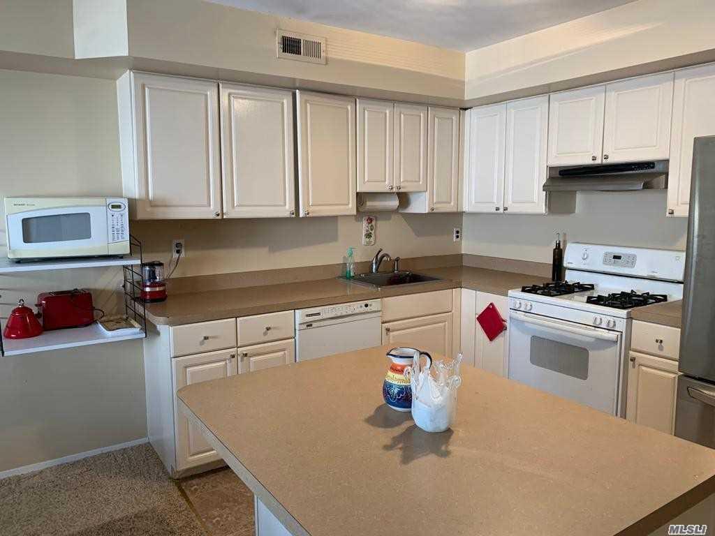 Single Family Linda Lane  Staten Island, NY 10312, MLS-3257654-5