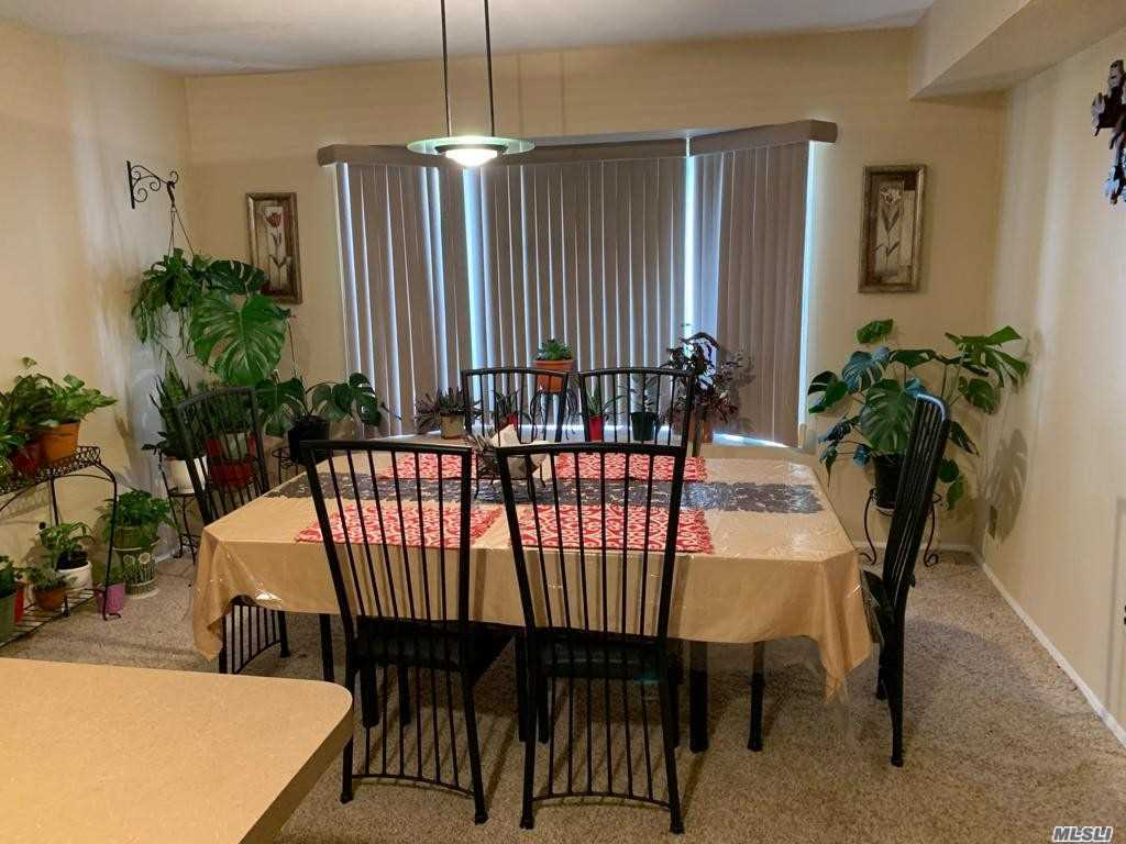 Single Family Linda Lane  Staten Island, NY 10312, MLS-3257654-4