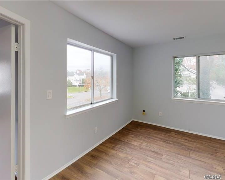 Residential Lease Sutton Place  Suffolk, NY 11749, MLS-3257700-13