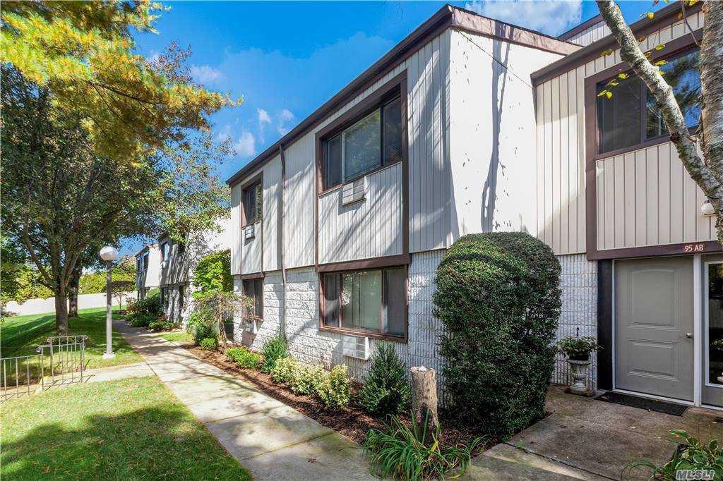 Property for sale at 95 Richmond Boulevard Unit: 2A, Ronkonkoma,  New York 11779