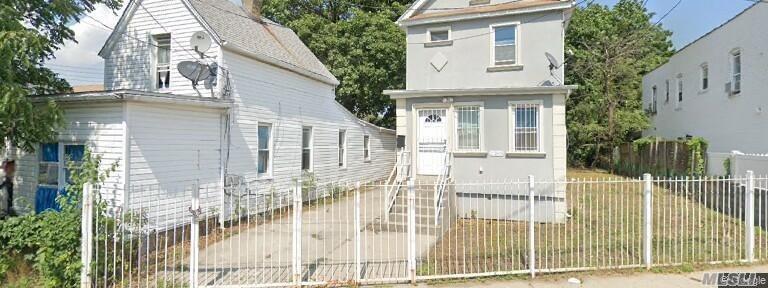 Single Family Dillon Street  Queens, NY 11433, MLS-3258995-2