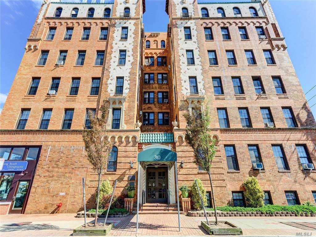 Property for sale at 310 Riverside Boulevard Unit: 6D, Long Beach,  New York 11561