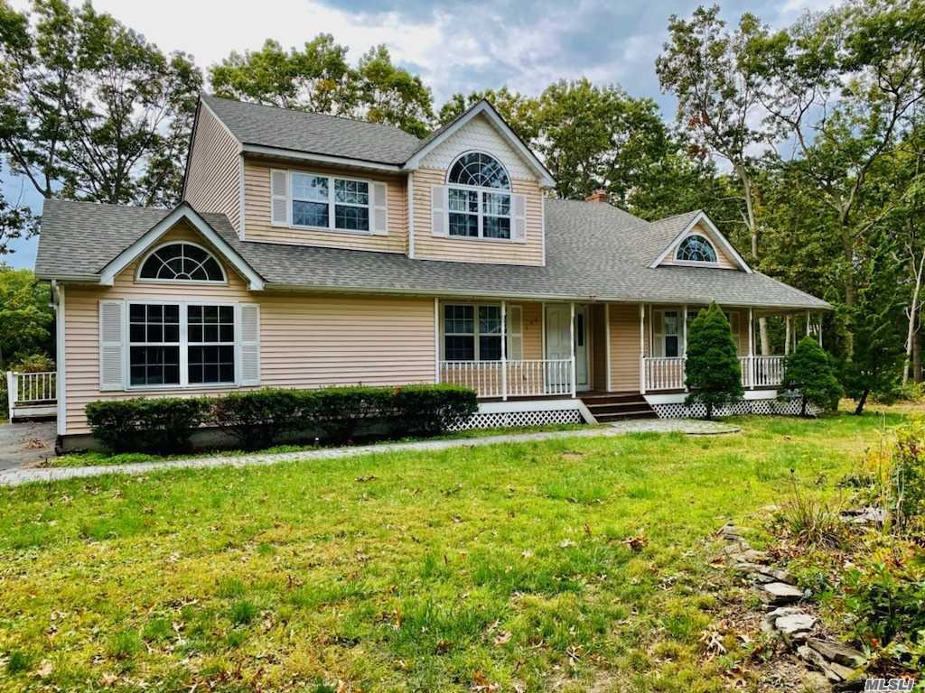 192 Miller Place Road, Miller Place NY 11764