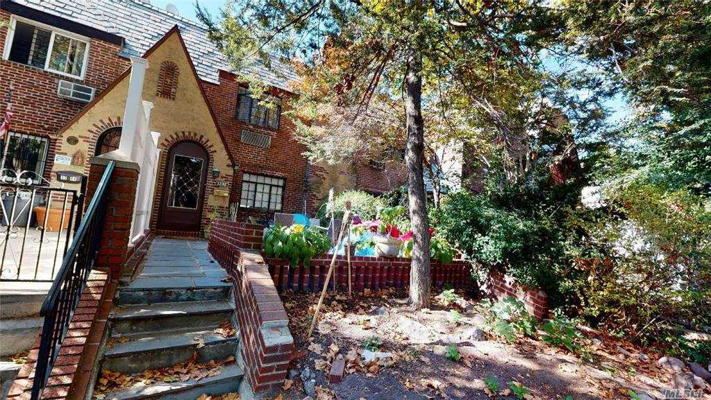 Property for sale at 33-42 70 Street, Jackson Heights,  New York 11372