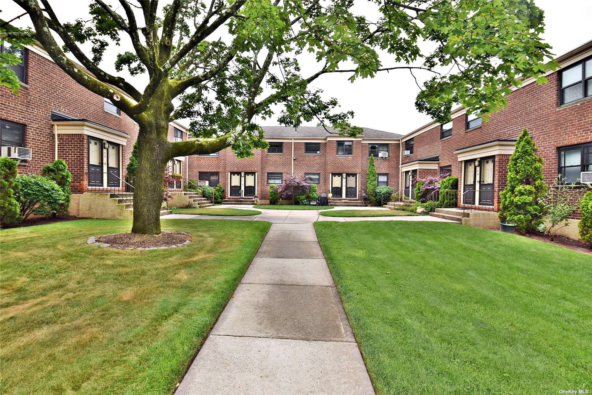 Nice 2 Bedrooms Lower Unit in Windsor Oaks.  This Unit Features Kitchen, Living Room, Bedroom, Full Bath.  Pet Friendly, across the street from Alley Pond Park.  Close to Shopping, Schools and Transportation.
