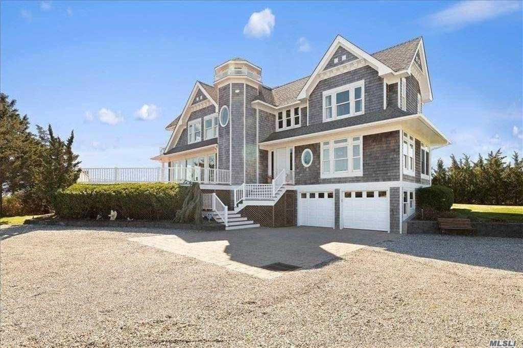 Property for sale at 7 Tanners Neck Lane, Westhampton,  New York 11977