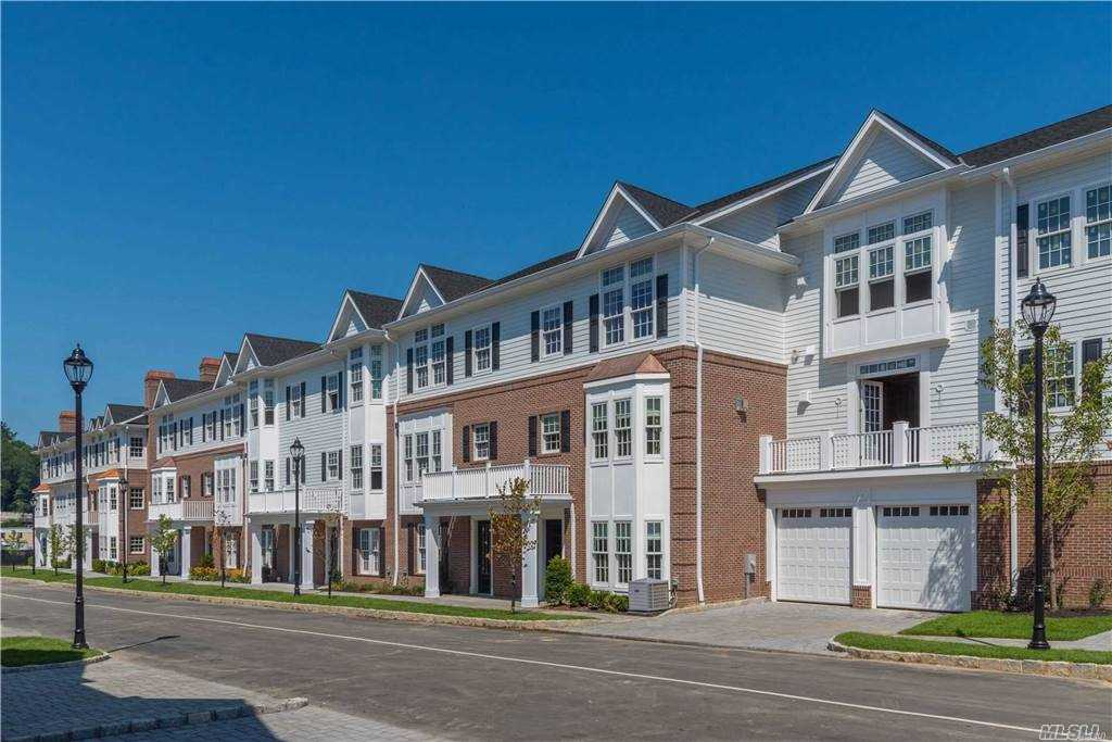 Property for sale at 1005 Mill Creek N. Unit: 10-05, Roslyn,  New York 11576