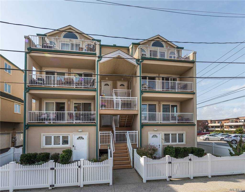 Property for sale at 402 Oceanfront Street Unit: upper, Long Beach,  New York 11561