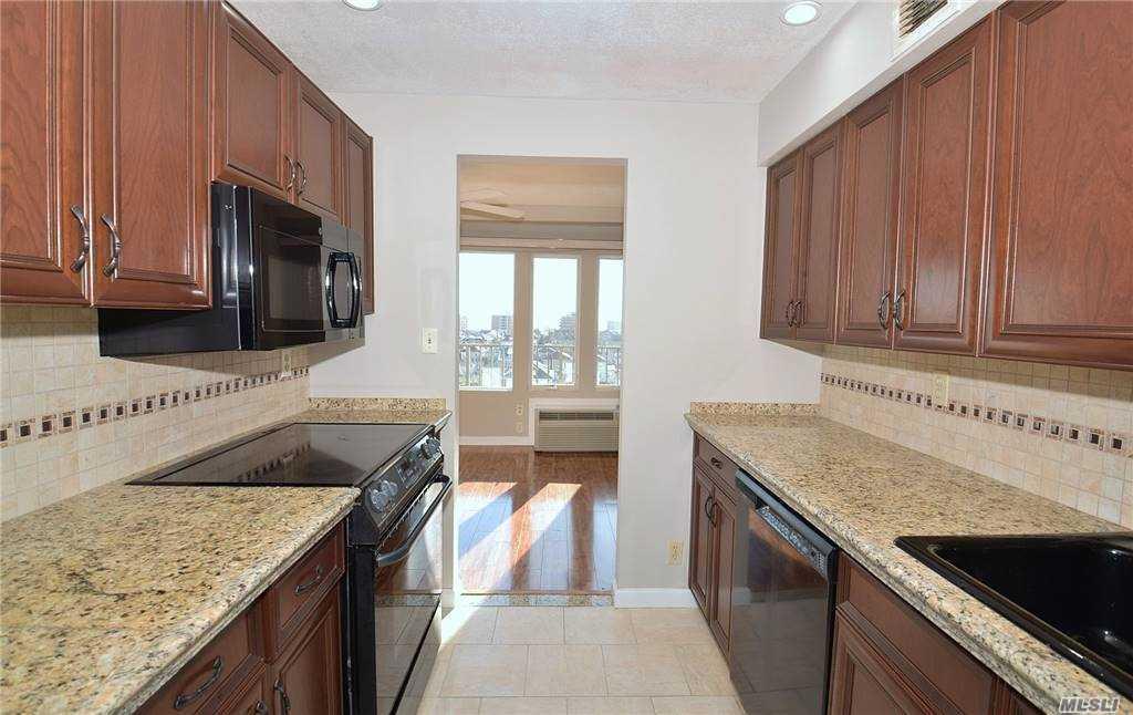 Property for sale at 235 W Park Avenue Unit: 601, Long Beach,  New York 1