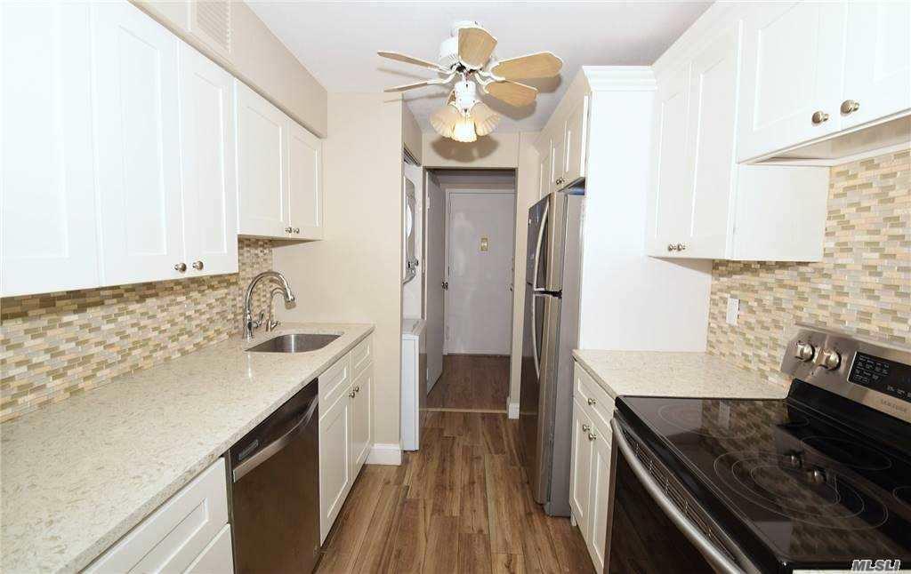 Property for sale at 235 W Park Avenue Unit: 609, Long Beach,  New York 1