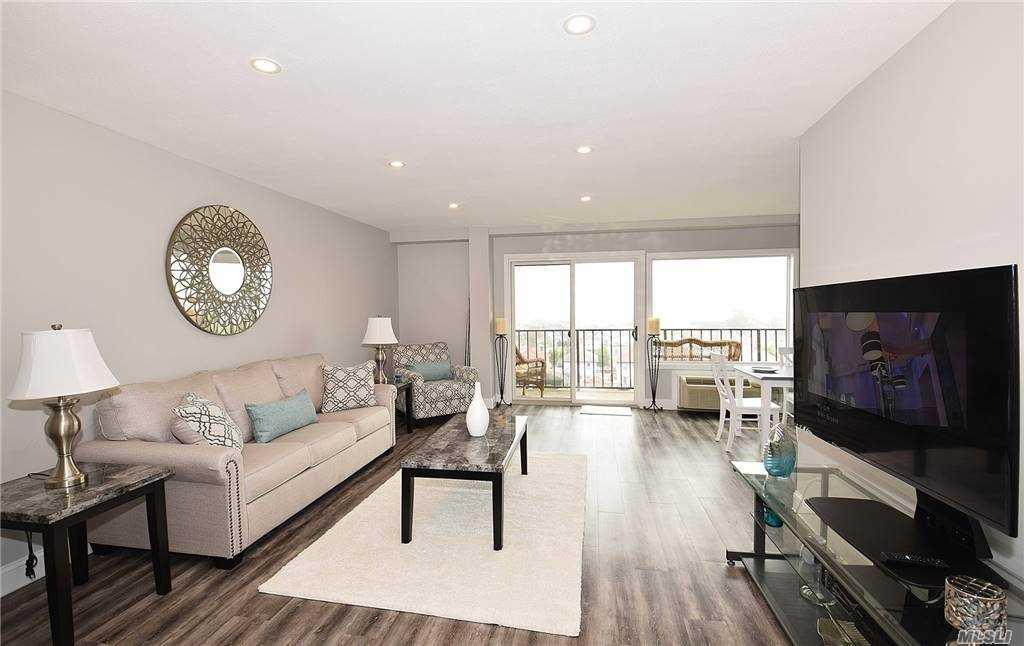 Property for sale at 235 W Park Avenue Unit: 605, Long Beach,  New York 1