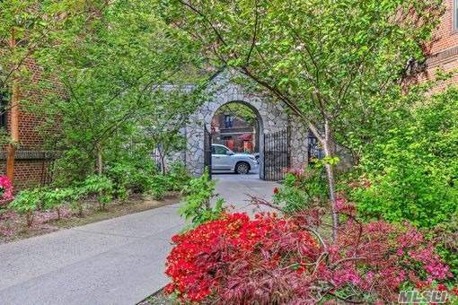 Property for sale at 42-20 Kissena Blvd Unit: A8, Flushing,  New York 11355