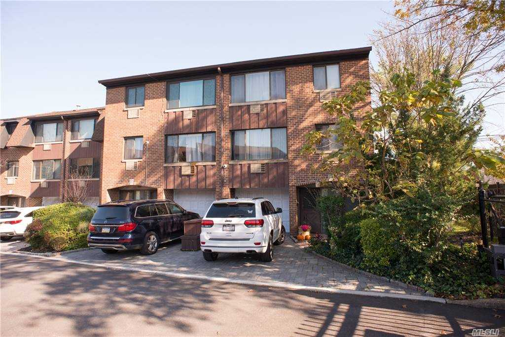 Property for sale at 154-31 Riverside Drive Unit: 1A, Beechhurst,  New York 11357
