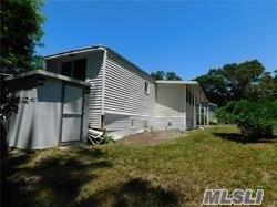 Single Family Hubbard Avenue  Suffolk, NY 11901, MLS-3265120-3
