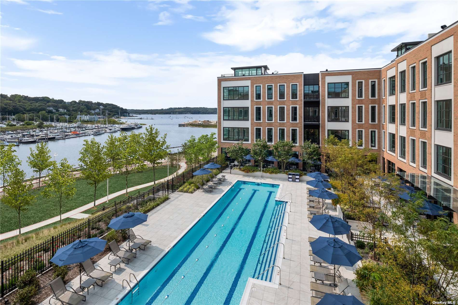 Property for sale at 100 Garvies Point Road Unit: 1332, Glen Cove,  New York 11542