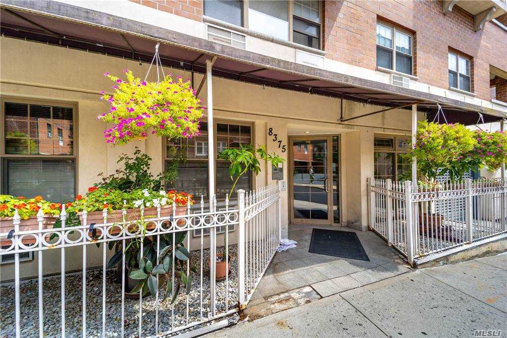 Property for sale at 83-75 117th Street Unit: 6D, Kew Gardens,  New York 11418