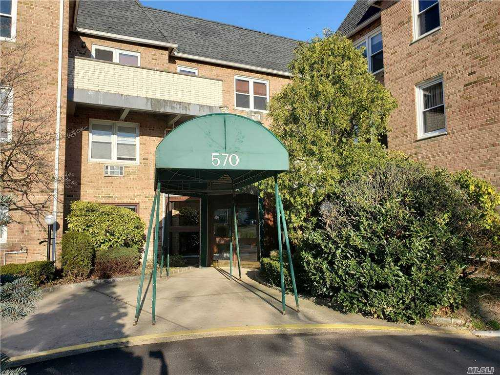 Property for sale at 570 Broadway Unit: 1B, Lynbrook,  New York 11563