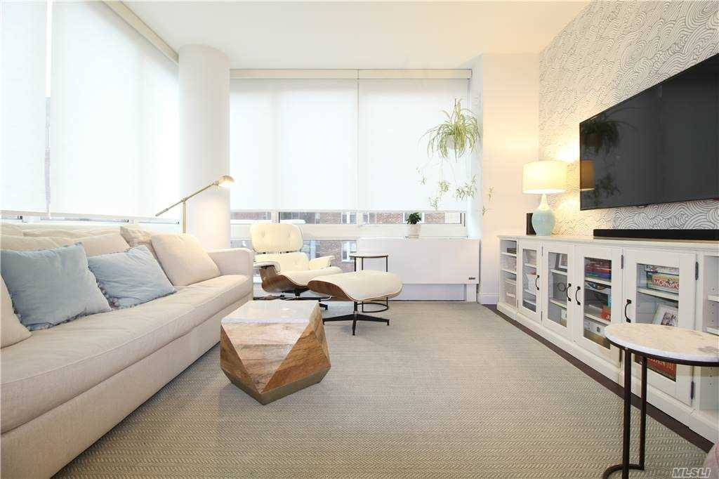 Property for sale at 107-24 71 Road Unit: 4C, Forest Hills,  New York 11375