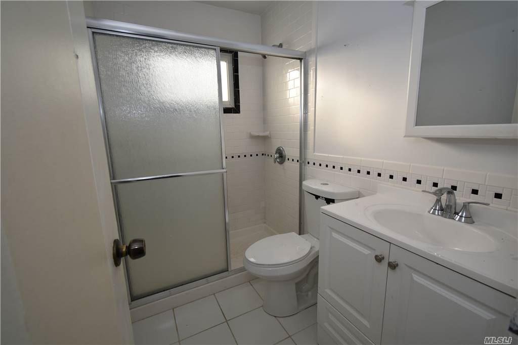 Single Family Norton Avenue  Suffolk, NY 11776, MLS-3267425-15