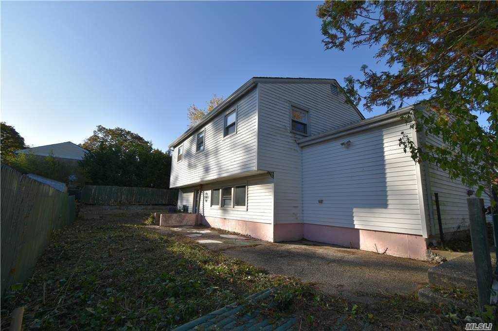 Single Family Norton Avenue  Suffolk, NY 11776, MLS-3267425-8