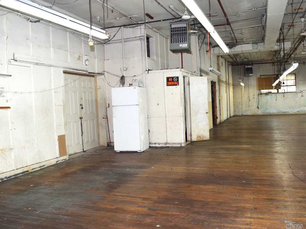 Commercial Lease Woodward Avenue  Queens, NY 11385, MLS-3268444-6