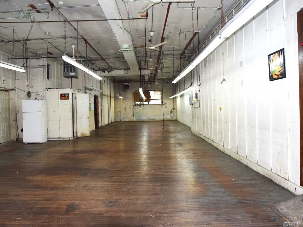 Commercial Lease Woodward Avenue  Queens, NY 11385, MLS-3268444-5