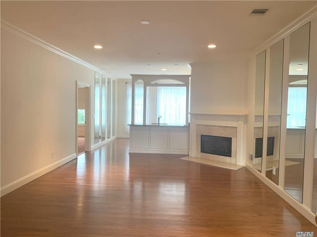 Property for sale at 715 Equestrian Way Unit: 240, Westbury,  New York 11590