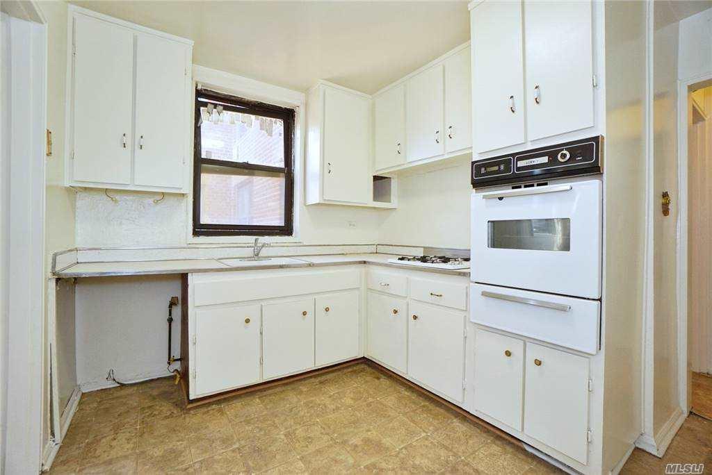 Coop 53 Street  Brooklyn, NY 11234, MLS-3269316-9