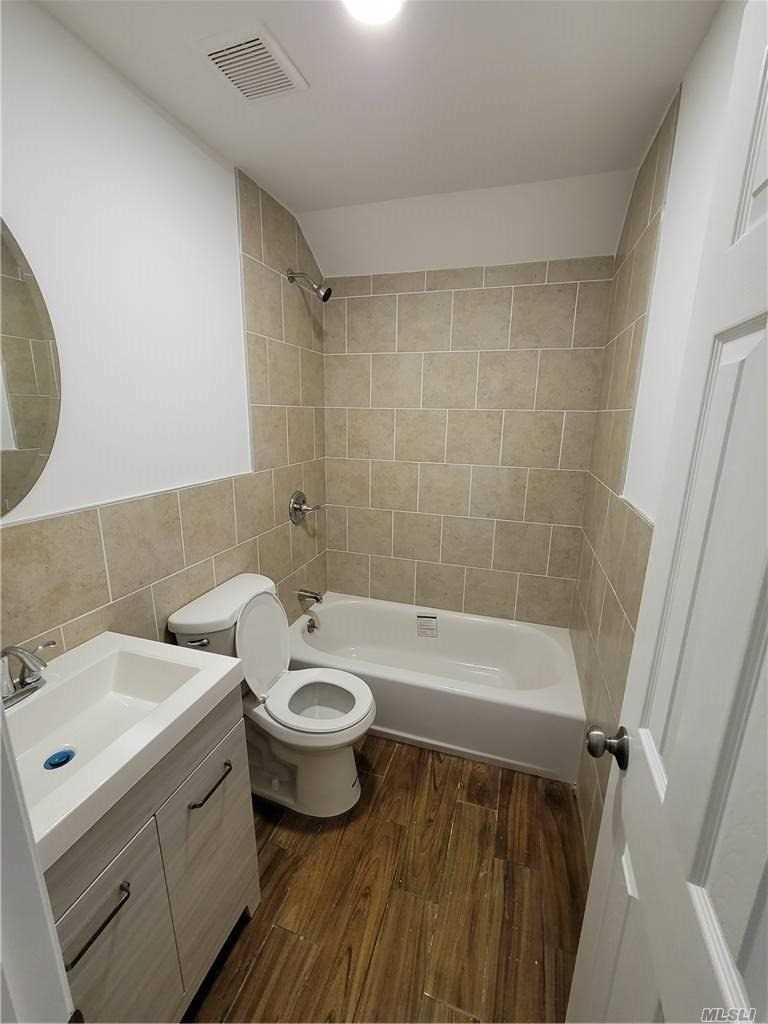 Single Family Mickardan Court  Staten Island, NY 10304, MLS-3269467-4