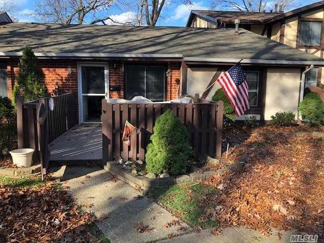 Property for sale at 52 Birchwood Drive, Pt.Jefferson Sta,  New York 11776